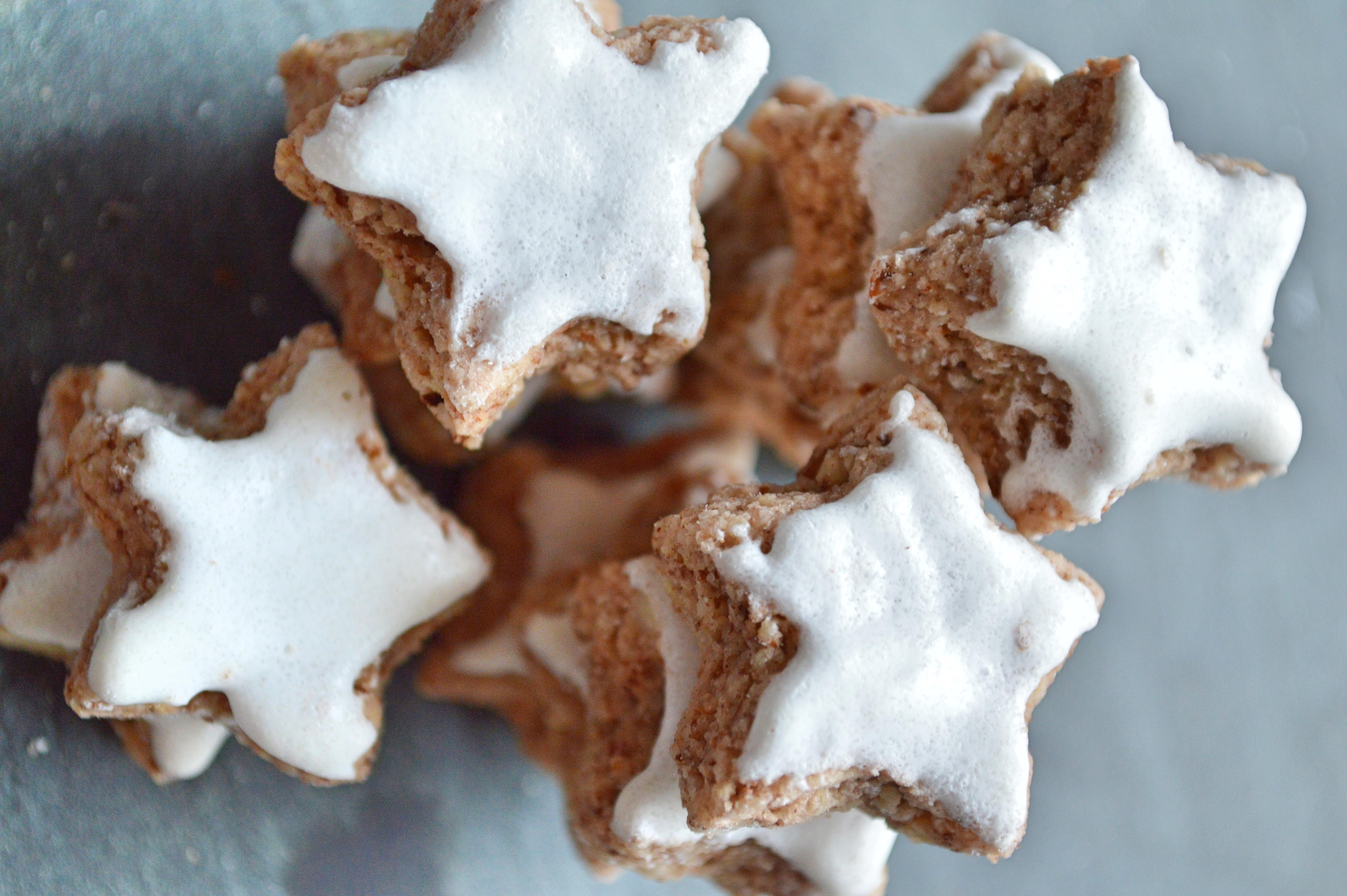 German Christmas Cookies Zimtsterne A German In Seattle
